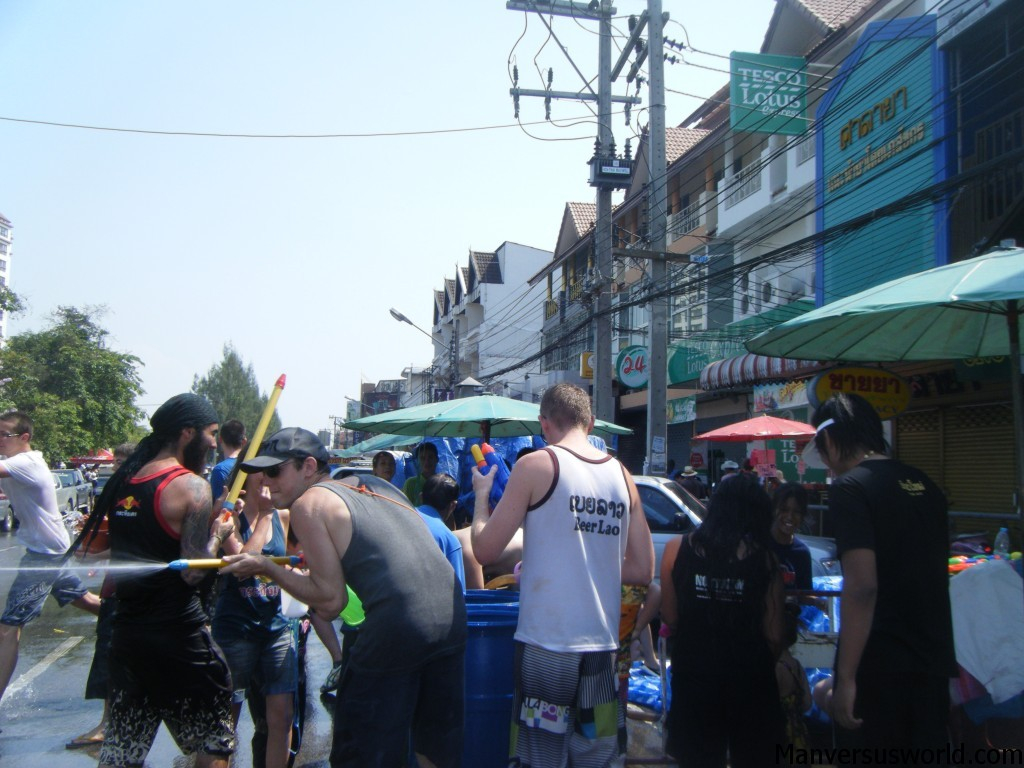 Songkran: the water fight begins in Chiang Mai
