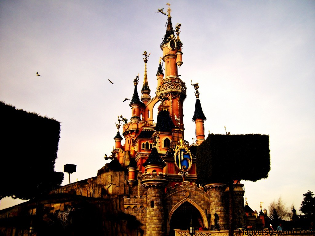 Cinderella's castle at Disneyland Paris