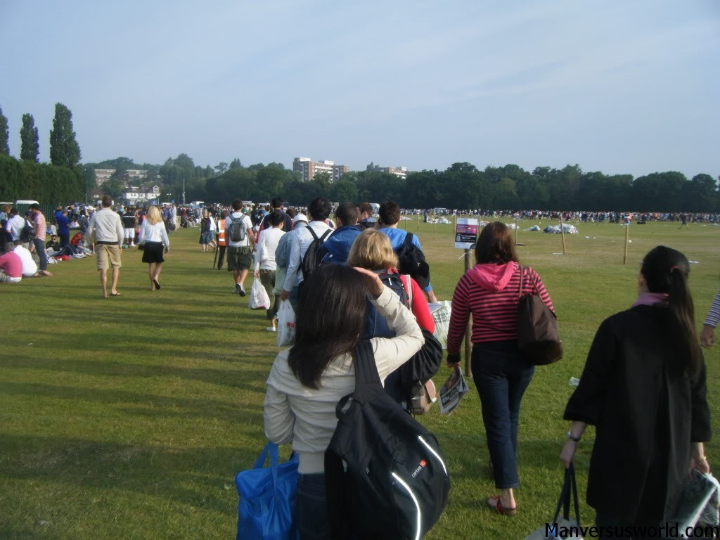 The queue for Wimbledon finally moves
