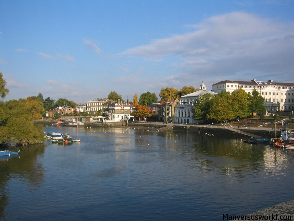 Richmond's lovely waterfront. London.
