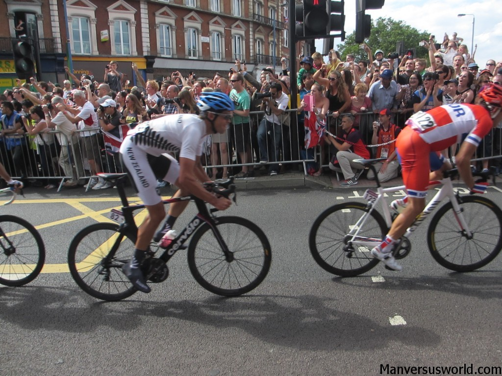NZ's Jack Bauer powers through Putney, London 2012