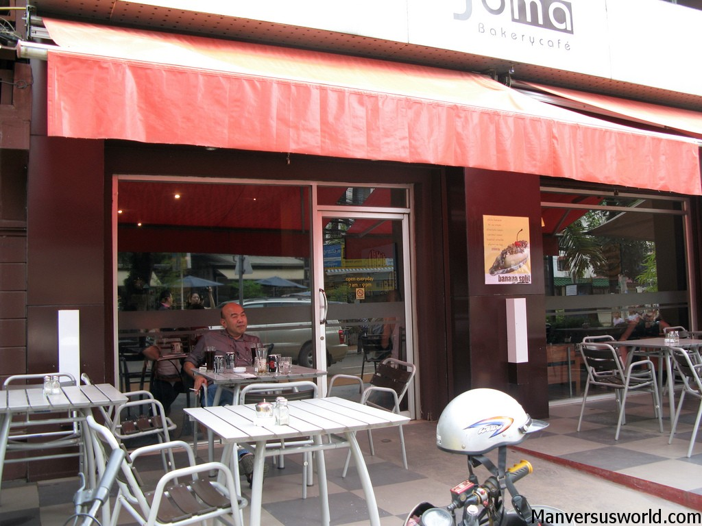 Joma Bakery Cafe in Vientiane, Laos