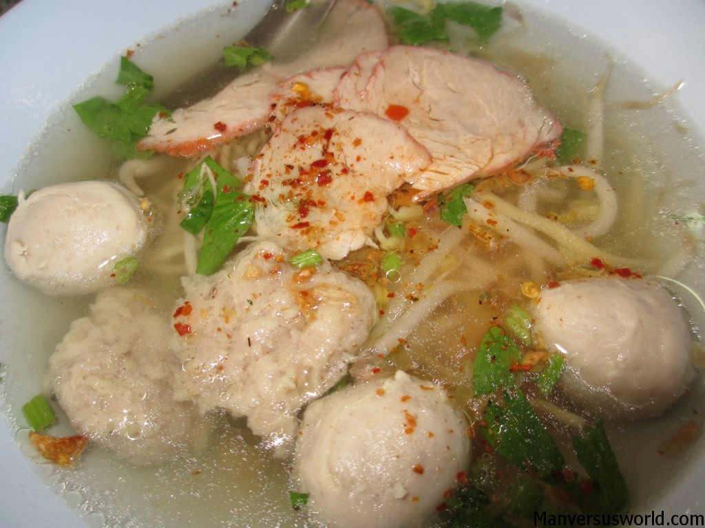 A delicious bowl of Thai-style noodle soup in Chiang Rai