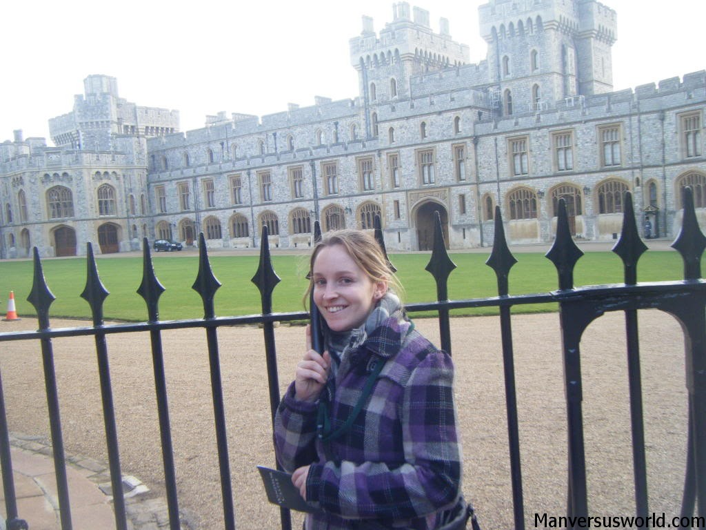 Nicola outside Windsor Castle's state apartments