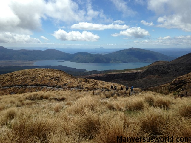 Conquering the Tongariro Alpine Crossing in October