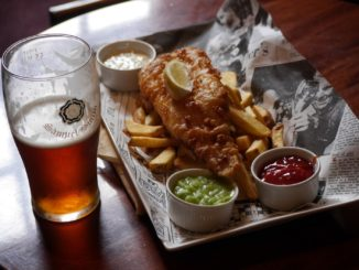 5 Things Foodies Must Do When in London