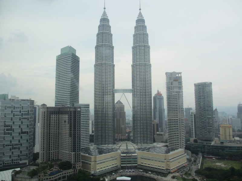 Top 10 Facts About The Petronas Towers